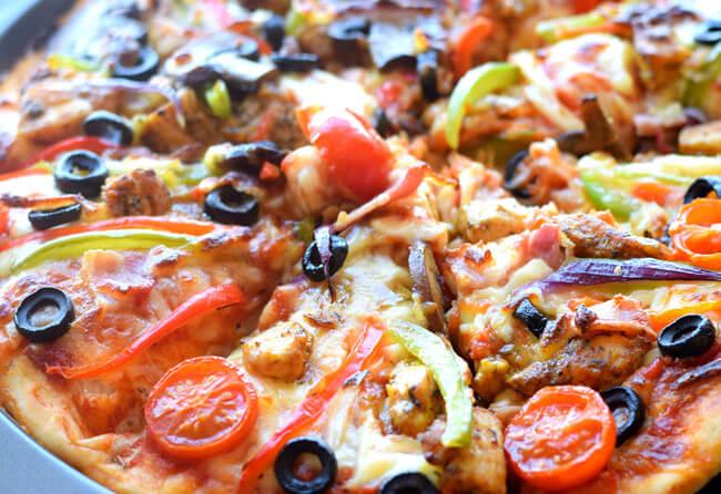 Delicious Mushroom Chicken Pizza
