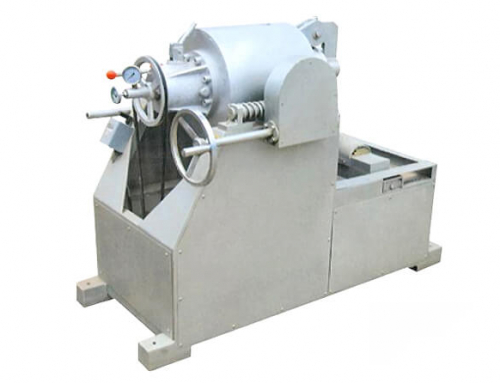 Nuts Opening Machine